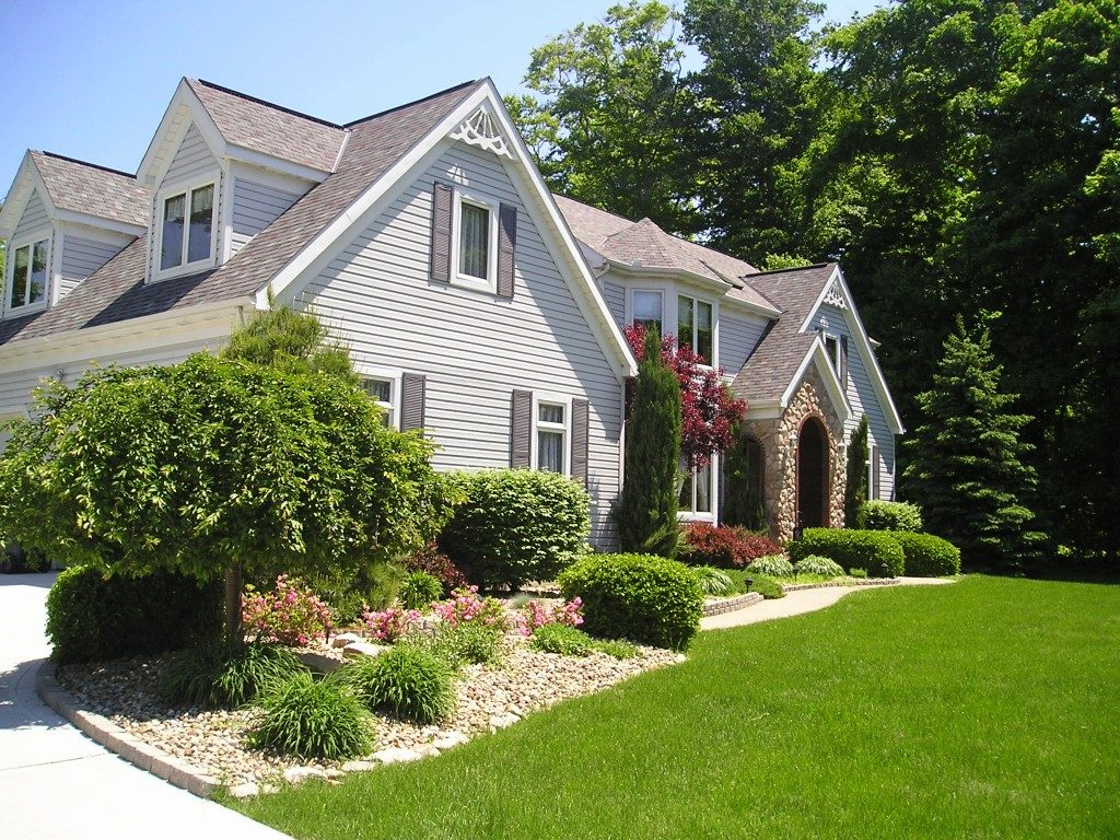 Landscaping Ideas To Give Wonderful Views Of The Outside As Well As Your Home