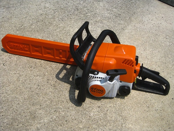 How to Choose a Chainsaw Size Best Tips on Choosing the Right Size